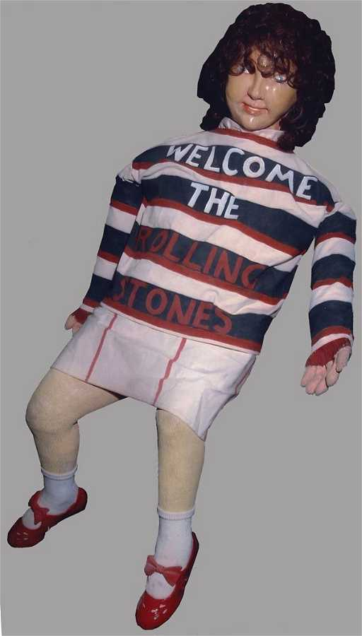 Bildresultat för a doll wearing rolling stones sweatshirt sgt. Pepper cover