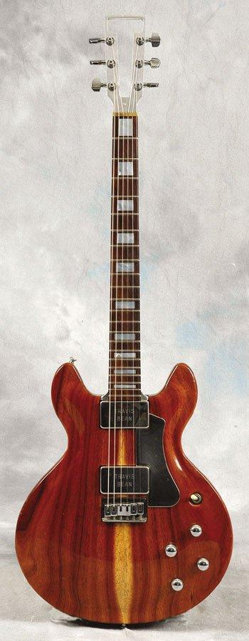 23: Francis Rossi Travis Bean guitar