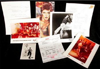 1005: David Bowie Diamond Dogs memorabilia