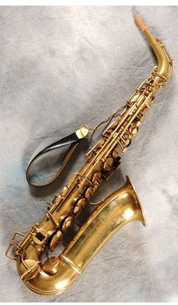 116: Vintage saxophone used on Baker Street recording