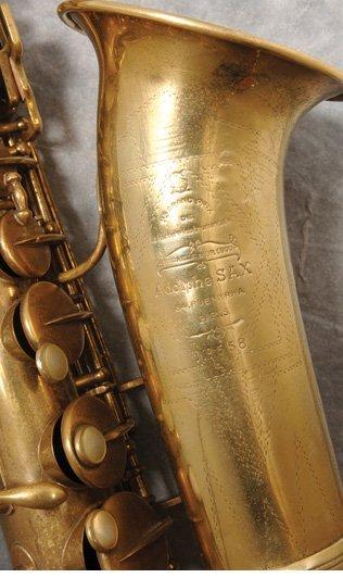 116: Vintage saxophone used on Baker Street recording - 2