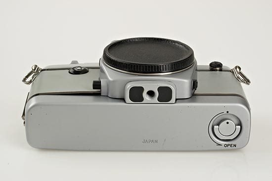 562: ZEISS: Contax  137 MD NASA - 2