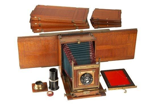 698: W. Bermpohl  Dr. Miethe's Three-Color Camera