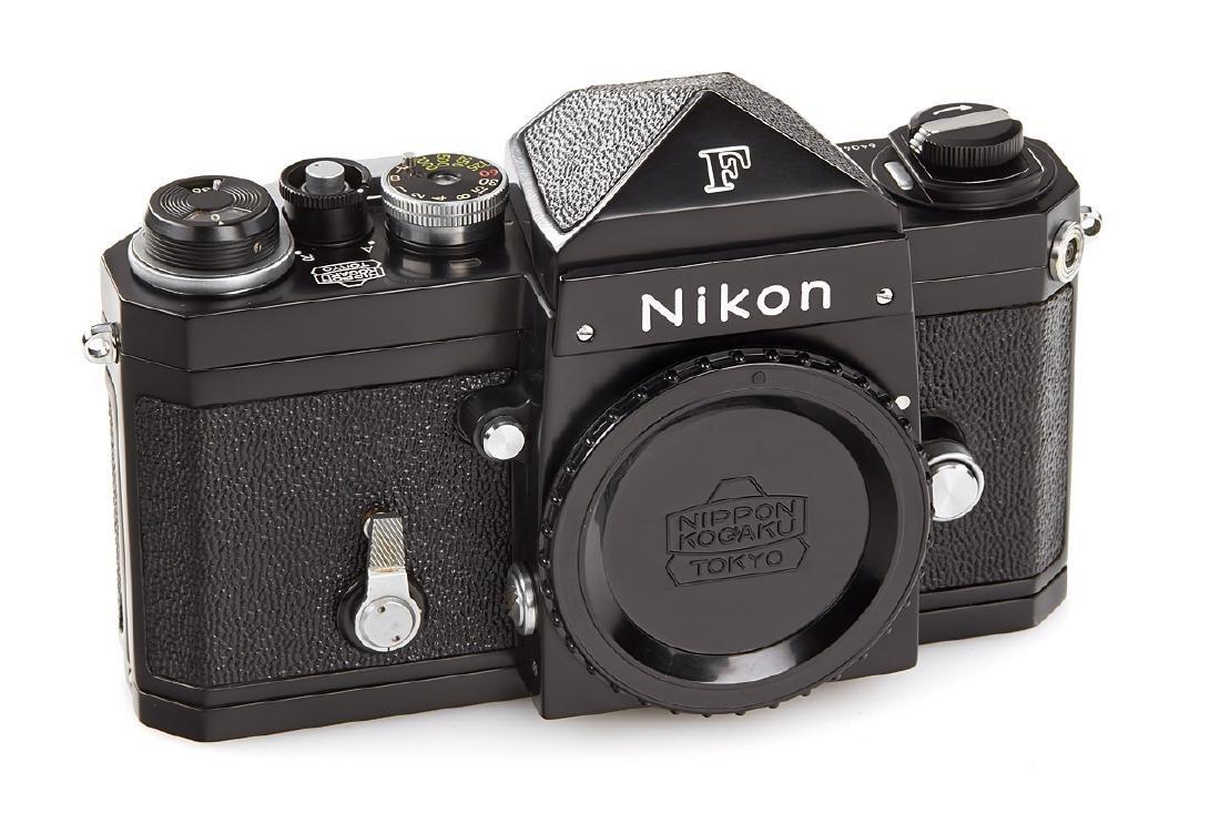 Nikon F Eyelevel black paint *, 1959, no. 6404653