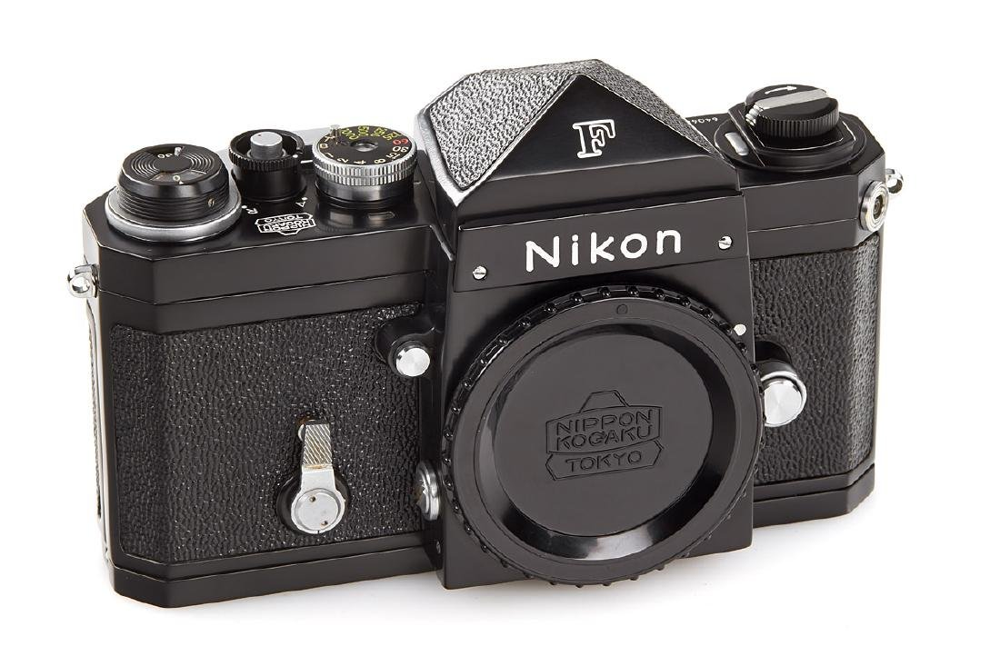 Nikon F Eyelevel black paint *, 1959, no. 6404653