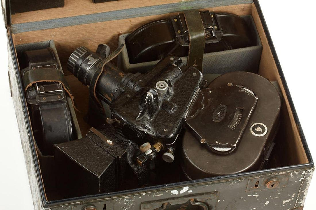 Arriflex 35 'German Army', c.1940, no. 915 - 2
