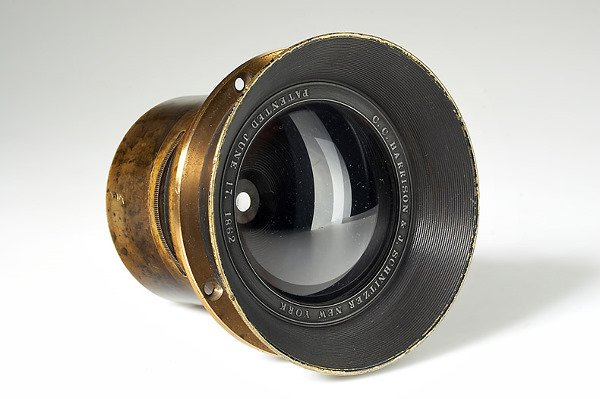 30: C.C. Harrison & Joseph Schnitzer  Globe Lens