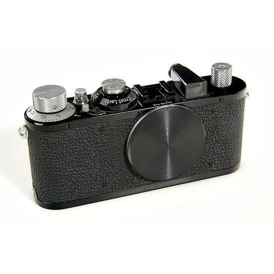 11: Leica: Standard Model E black