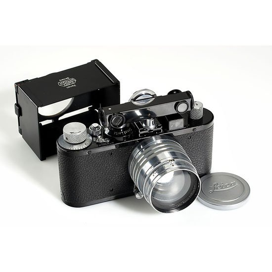 13: Leica: Standard Model E black