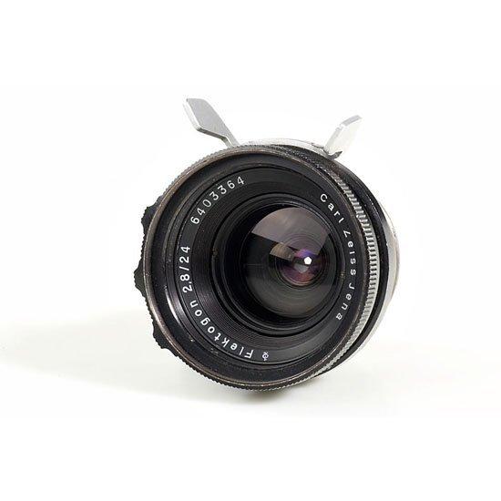 786: Carl Zeiss Jena  Flektogon 2.8/24mm - 3
