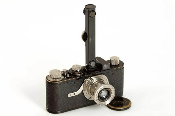 2: LEICA: I Mod.A Elmar 'Close Focus'