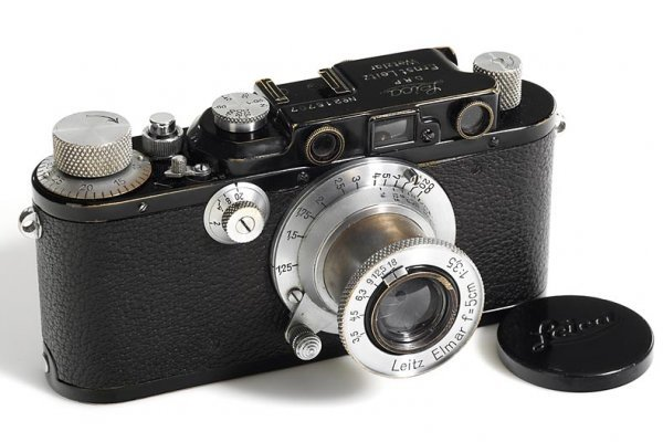 22: LEICA: III Mod.F black/chrome