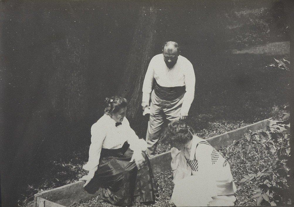 1022: Anonymous Photographer, Gustav Klimt