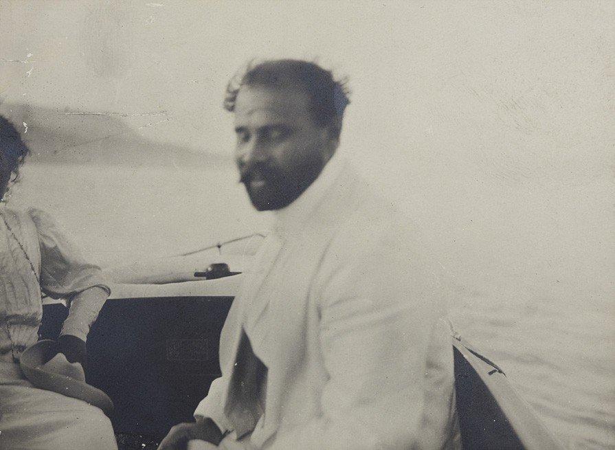 1023: Emma Bacher, Gustav Klimt  in a motor boat