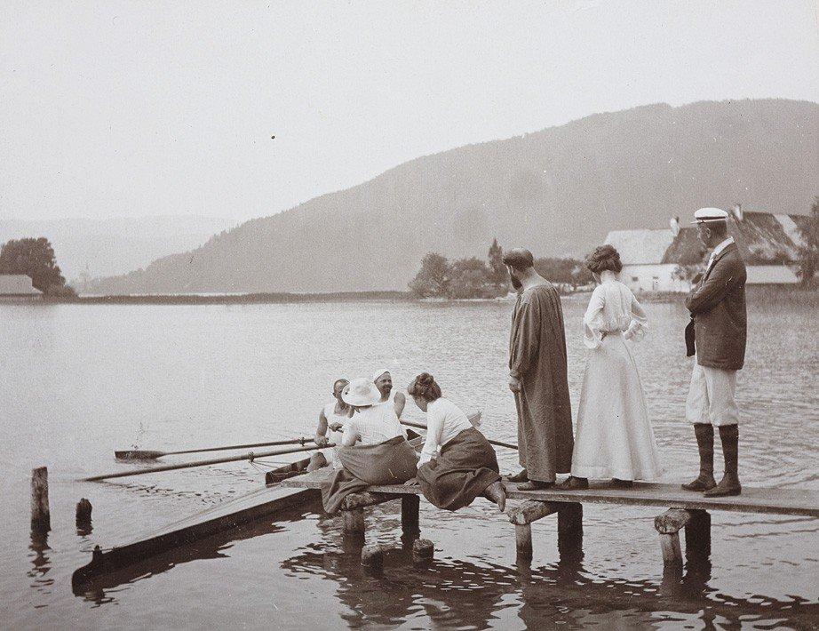 1024: Emma Bacher, Gustav Klimt  with friends