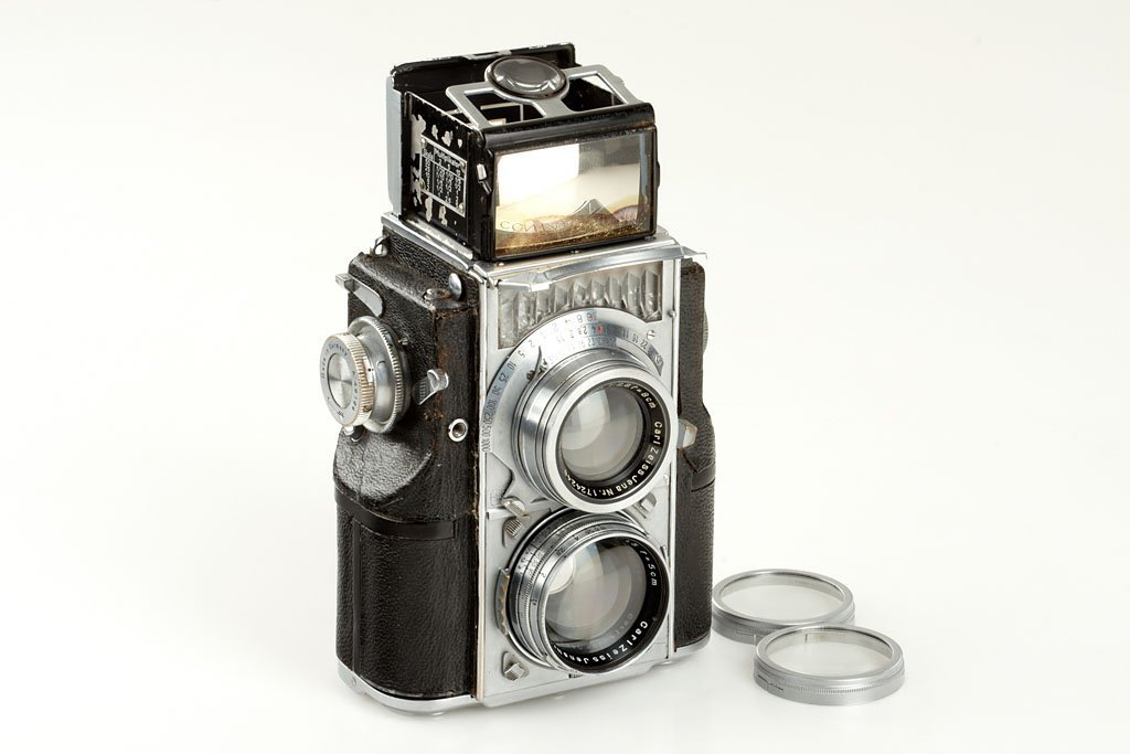 124: Zeiss Ikon Contaflex  'For China', SNA.46164, c.19
