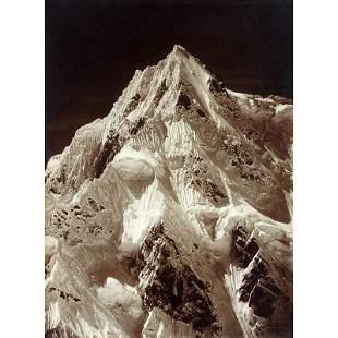 1004: Telephoto, Summit Siniolchun