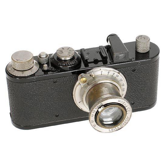 13: Leica: Standard  Black