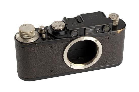 13: Leica: II Mod.D  Black