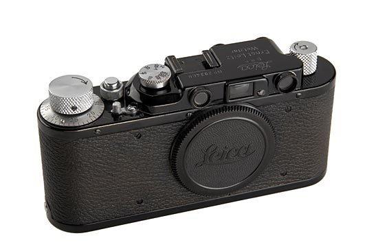 16: Leica: II Mod.D  Black/Chrome