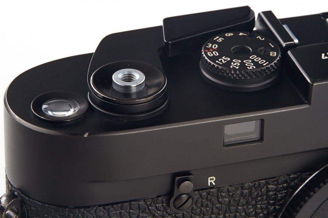 Leica M4 black Wetzlar, 1974, no. 1381547 - 2