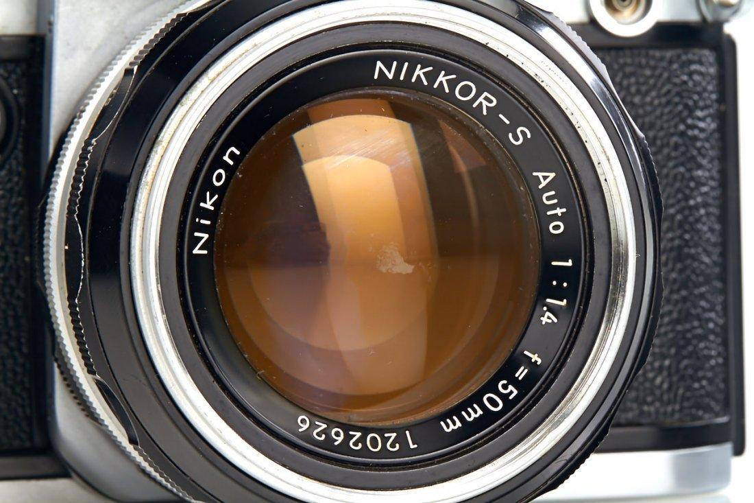 Nikon F2 Display Model *, 1971, no. 7109635 - 2