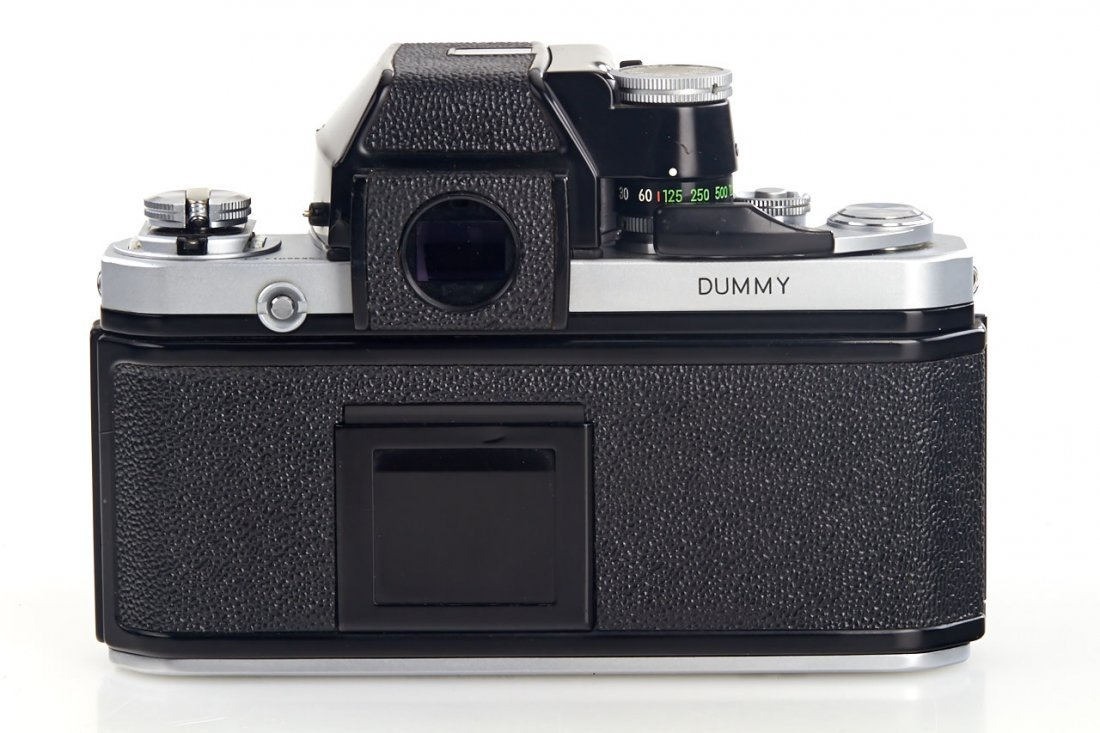 Nikon F2 Display Model *, 1971, no. 7109635 - 3