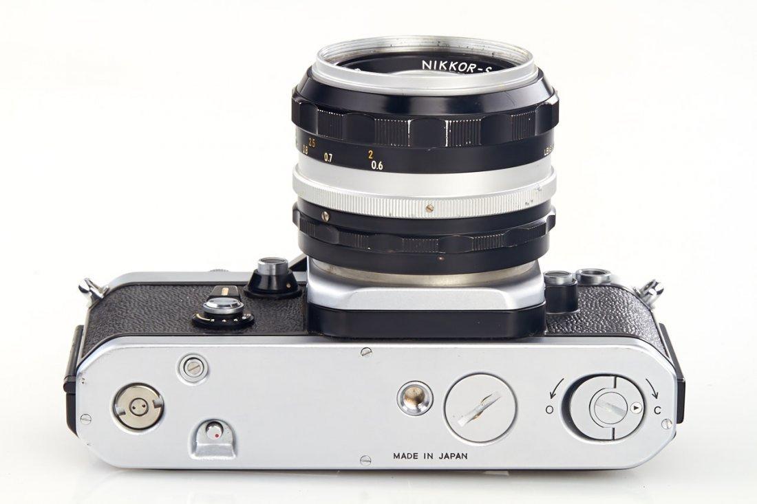Nikon F2 Display Model *, 1971, no. 7109635 - 6