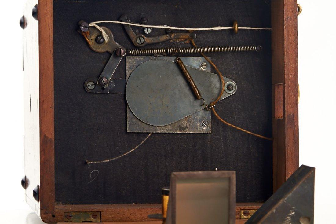 Hess & Sattler Detective Camera, c.1900 - 5