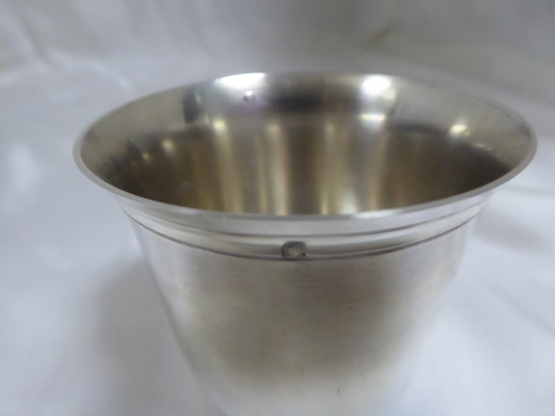 Flared low tumbler in solid silver