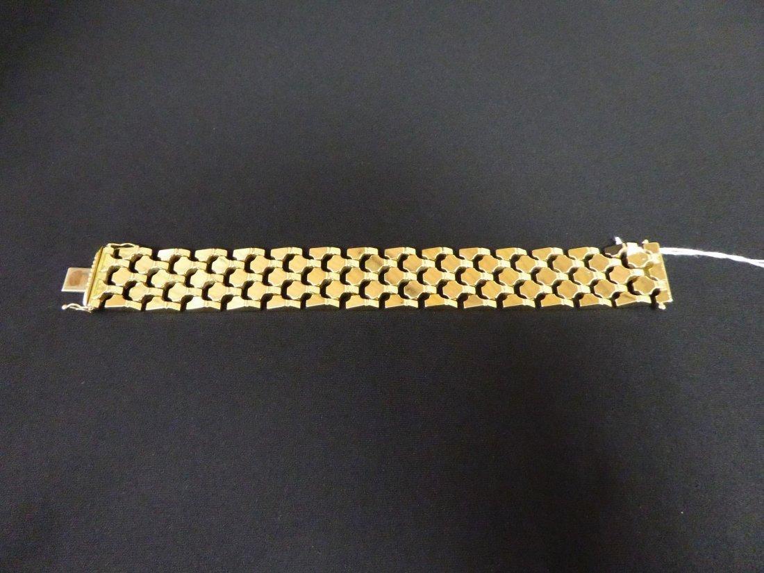 Large bracelet in gold of 18 carats