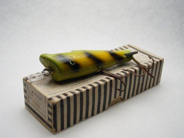 3: Detroit Bass Caller Lure & Box