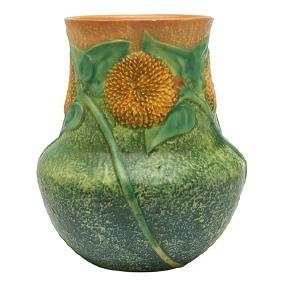 Roseville Pottery Co., Sunflower vase, Zanesville, OH,