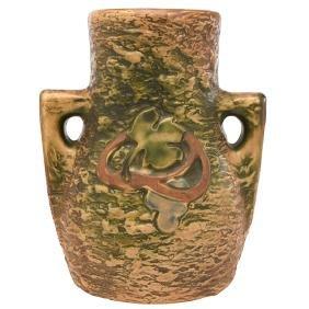 Roseville Pottery Co., Imperial I vase, Zanesville, OH,