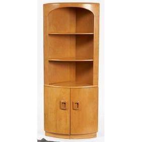 Heywood Wakefield, corner cabinet, USA, 1930s, maple,