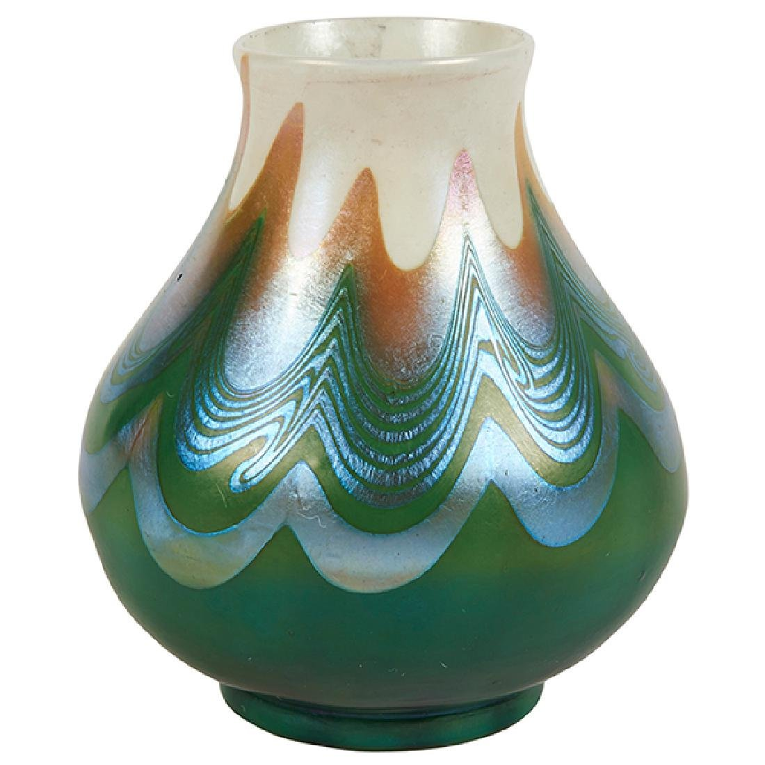"""Louis Comfort Tiffany (1848-1933) vase, #Q5746 3.5""""dia"""