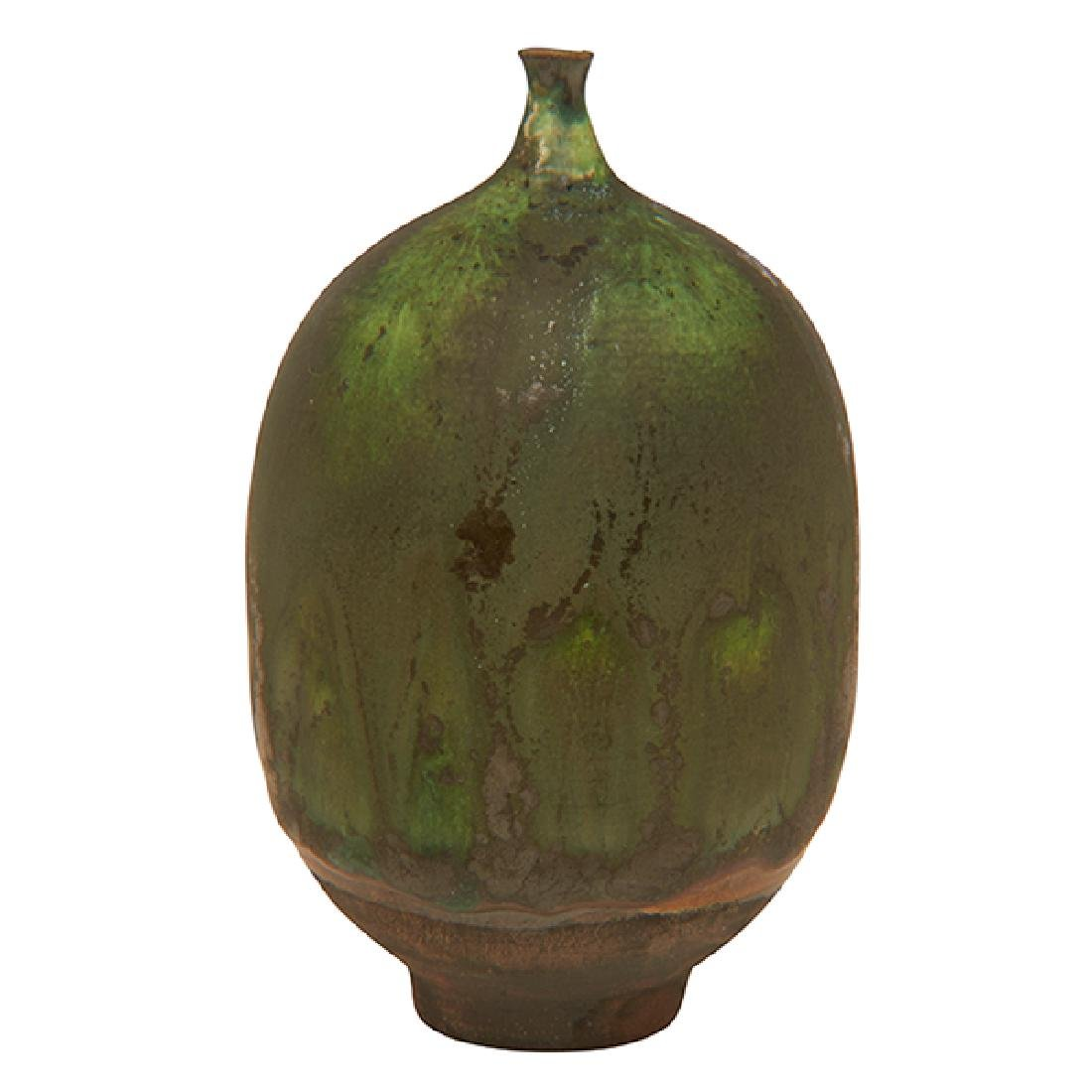 """Rose Cabat (1914-2015) Feelie vase 4.25""""h x 2.5""""w"""