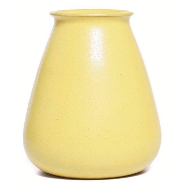 18: Marblehead vase, bulbous form