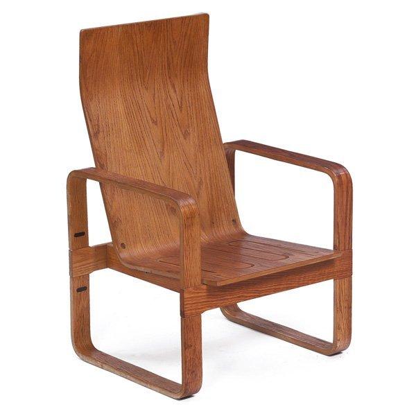 1064: Thonet lounge chair, USA, oak plywood, high-back