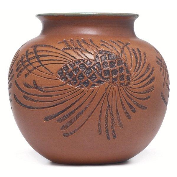 2161: North Dakota School of Mines vase, Marie