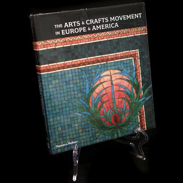 1218: The Arts & Crafts Movement books