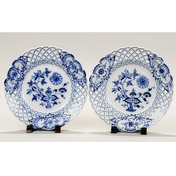 "10: Five ""Meissen"" reticulated Dessert Plates"