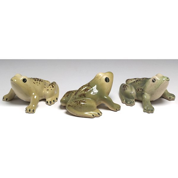615: Art Pottery figurines, three, toads