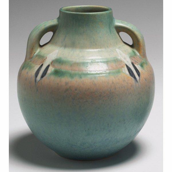 1523: Roseville Montacello vase, double handled