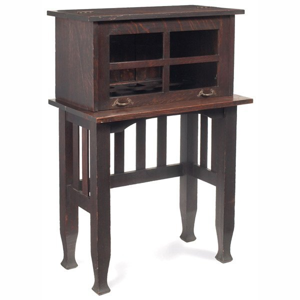 178: Arts & Crafts desk, top hinged glass front
