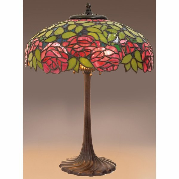290: Arts & Crafts table lamp leaded glass shade with a