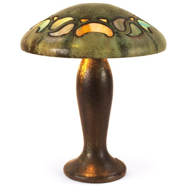136: Fulper table lamp, mushroom form