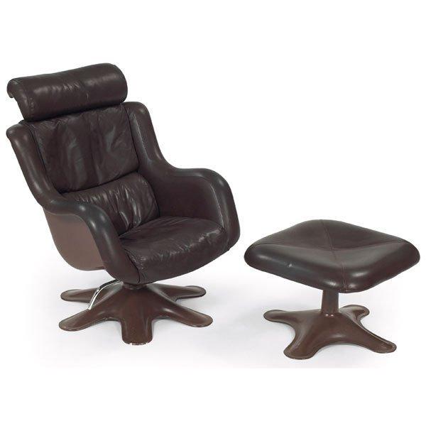 963: Yrjo Kukkapuro lounge chair and ottoman
