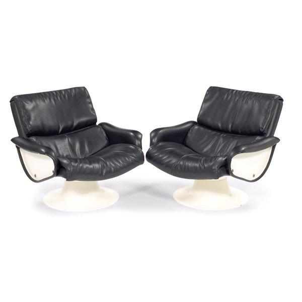 792: Yrjo Kukkapuro Saturn lounge chairs, pair, by Haim