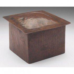 17: Dirk Van Erp box, hammered copper, very nice origin